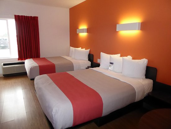 Motel 6 Moosomin: Beds