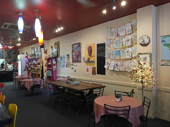 Le Cafe De Paris : Little taste of France