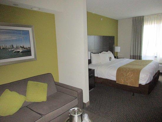 Comfort Suites Miami Airport North: photo0.jpg