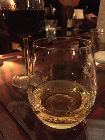 Nol in 't Bosch: Bij de haard is een prima plek voor goed glas whisky