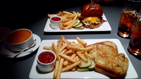 The Hershey Grill at the Hershey Lodge: Grilled cheese, tomato soup and brisket sandwich