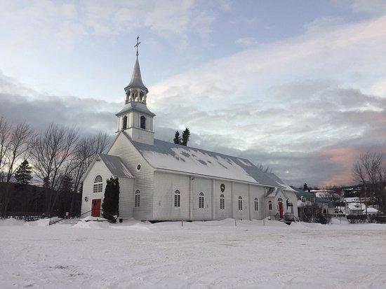 Saint-Irenee, Canada: Église de Saint-Irénée