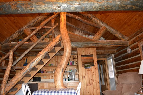 Virginia City, MT: Cabin sleeping loft!
