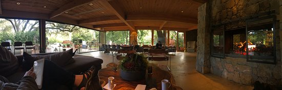 Calamigos Guest Ranch and Beach Club: By the fire in the main lodge