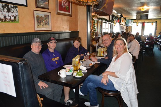 hennessey s tavern family christmas eve day lunch