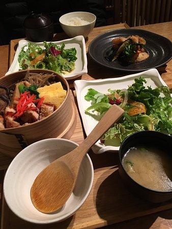 aen shinjuku isetan kaikan very tasty and reasonably priced lunch my husband and i