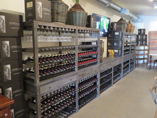 Andreucci Wines