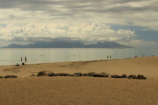 Punaauia Beach: PK 18 with Moorea on the horizon