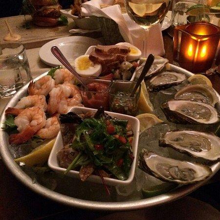 mechant boeuf bar brasserie sea food platter