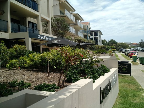 Sunrise Beach, Australia: Comfortable beachside cafe