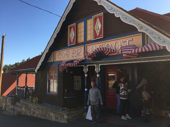 Manitou Springs, CO: Pike's Peak Cog Railway