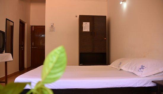 Kismat Mahal: Standard Room