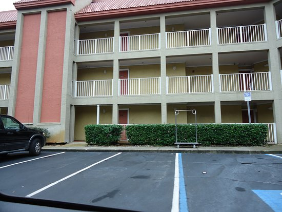Parc Corniche Condominium Resort Hotel Picture