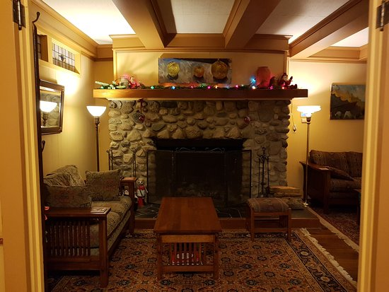 Kangaroo House Bed & Breakfast on Orcas Island: 20161224_090631_large.jpg