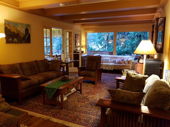 Kangaroo House Bed & Breakfast on Orcas Island: 20161224_090638_large.jpg