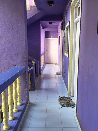Fin liten plass, og et bra område å bo i, sentralt. 😊