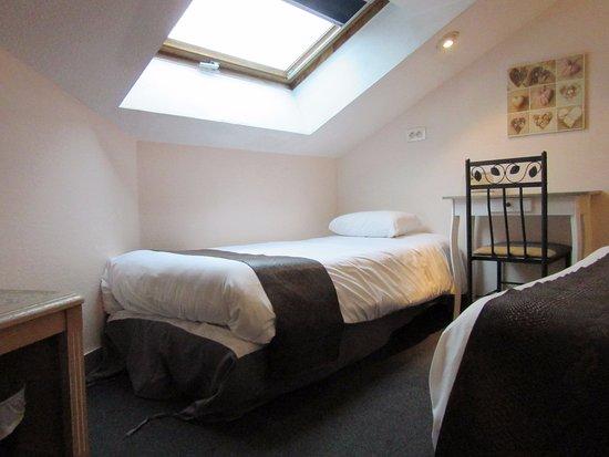 h tel aux sacres reims centre france voir les tarifs et 78 avis. Black Bedroom Furniture Sets. Home Design Ideas