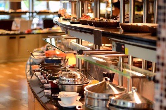 Le Meridien Cyberport: Breakfast Buffet