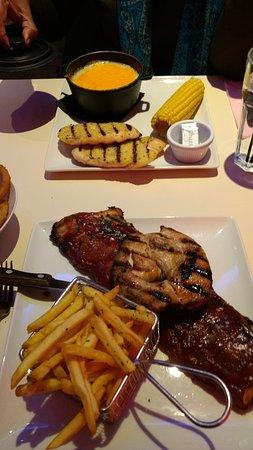 Attleborough, UK: Alaska Bake and Chicken 'n' Ribs - Full Rack