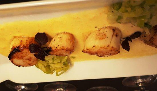 Les Coquilles Saint Jacques Picture Of La Cuisine De Papa