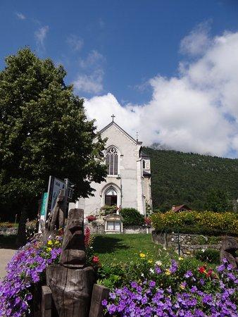 église de Lathuile