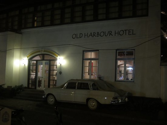 Old Harbour Hotel: photo1.jpg