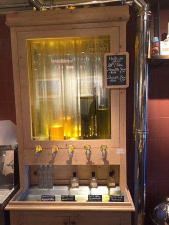 Maison Brémond 1830 Première Pression Provence : Olive Oil Testing