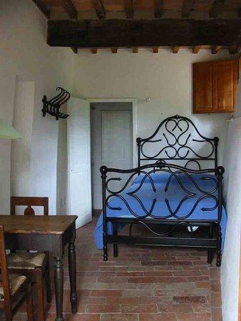Montecatini Val di Cecina, Włochy: letto 3 casa sarperi
