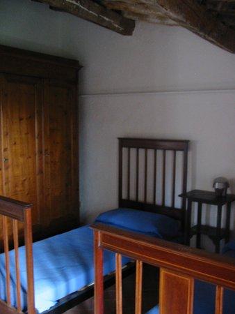 Montecatini Val di Cecina, Włochy: letto 2 casa sarperi