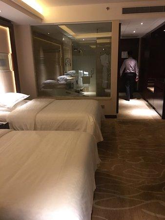 Sheraton Shanghai Hongkou Hotel: 表現一般,但算乾淨