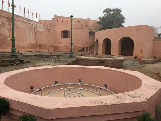 Gobindgarh Fort: FB_IMG_1482865816975_large.jpg