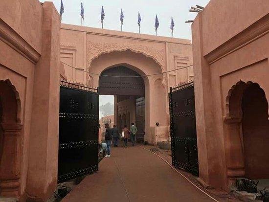 Gobindgarh Fort: FB_IMG_1482865810604_large.jpg