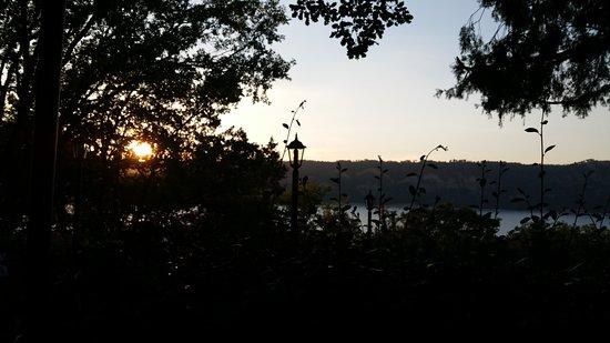 弗尔东河畔莱萨莱照片