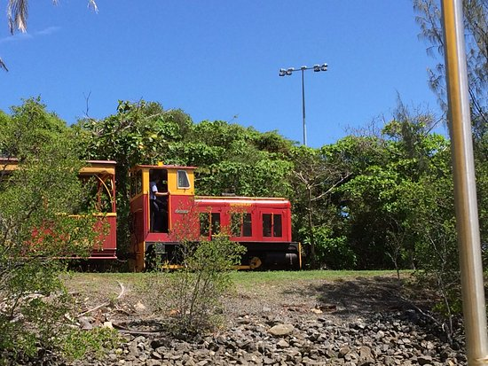 Bally Hooley : They have two real steam engines and this sugar cane diesel