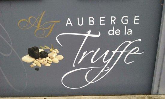 Sorges, France: Logotipo
