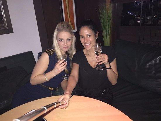Cuccini's Restaurant & Bar: Celebrating with Friends at Cuccinis Restaurant & Bar