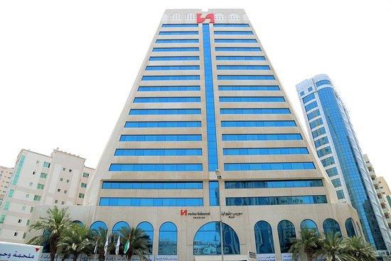 Swiss-Belhotel Sharjah Photo