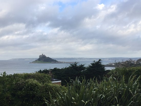 Mount Haven Hotel & Restaurant: great view of St Michael's Mount