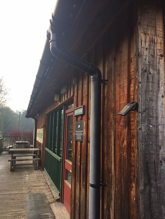 Coalbrookdale, UK : Lovely place away from the hustle and bustle of the main town. Great cakes!