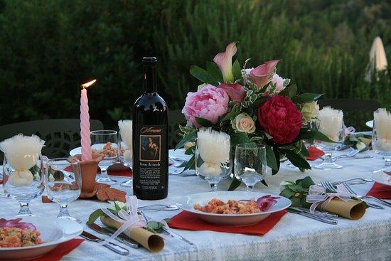 Agriturismo fattoria armena bewertungen fotos for Matrimonio bordo piscina