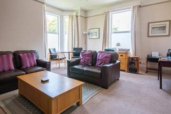 Caythorpe House: Our  comfortable Guest Lounge