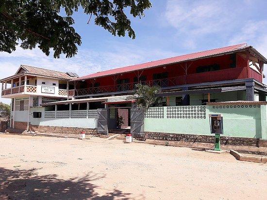 Belo Tsiribihina, Madagaskar: Madagascar - Hôtel du Menabe - Belo sur Tsiribihina