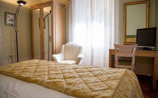 App camera da letto bild von residence ortensia baveno
