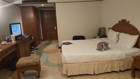 Golden Beach Resort: That's a deluxe room