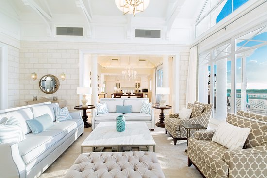 The Shore Club: Expansive Living Spaces With Luxurious Furnishings