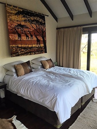 Lavumisa, Swaziland: Comfortable twin or king bed