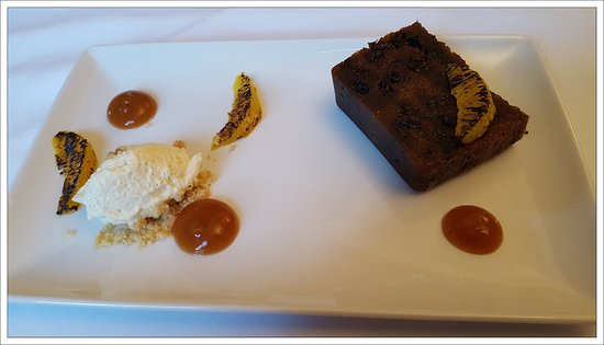 the kings hotel chipping campden christmas pudding with duck egg custard