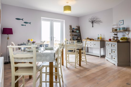 Laide, UK: An Cois Na Mara breakfast room