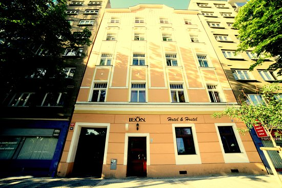 Leon Hotel Image