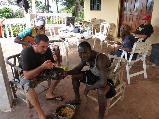 Roume, Guinea: Terrasse